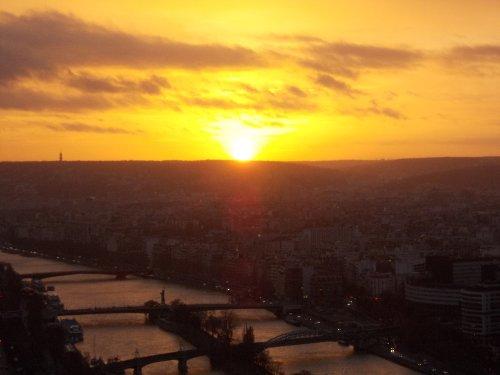 Tramonto dal secondo piano della torre Eiffel