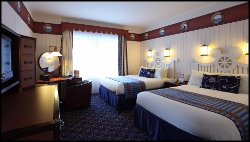 Camere Disneyland Hotel : Hotel newport bay club vacanze parigine
