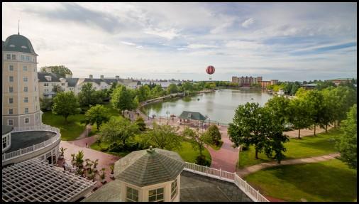 Il lago Disney visto dall'hotel Newport
