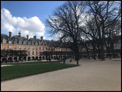 Place des Vosges nel Marais