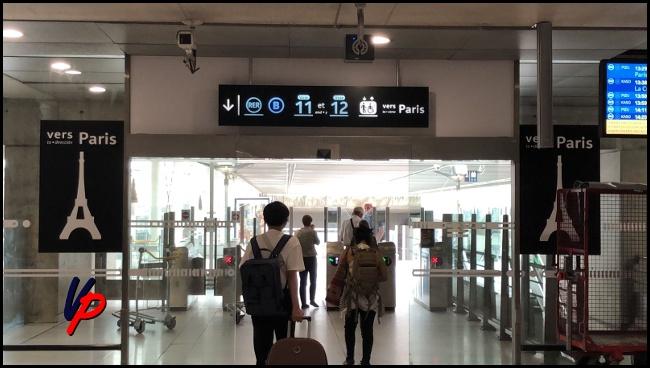 Le indicazioni presenti al livello 2 per raggiungere i binari del RER B. Per gentile concessione di Ice