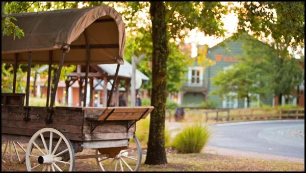 """Un """"chuck wagon"""", il carro presente in tutti i film sulla frontiera americana"""