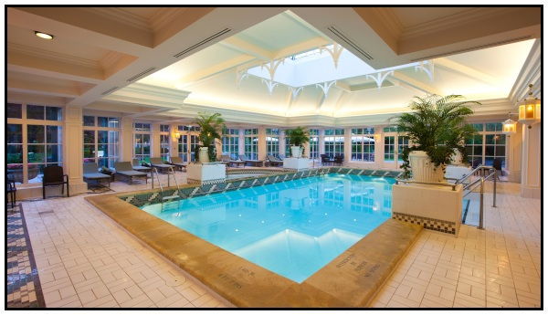 La piscina del Disneyland hotel